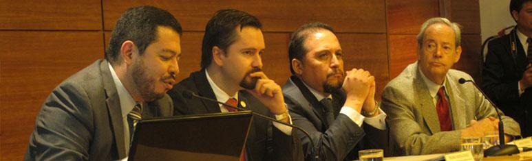 """Se realizó Conferencia """"Día de UNASUR: Logros en la construcción de Naciones Suramericanas"""" en FLACSO-Chile"""
